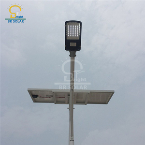 Lampes LED solaires 30W